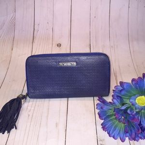 Stella & Dot Navy Blue Mercer Wallet